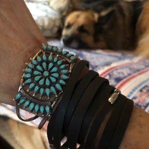 Jewelry - Vintage Zuni SS/ Petit turquoise Sunflower cuff